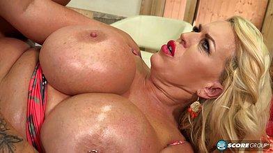 Mature big tit Tits Hits